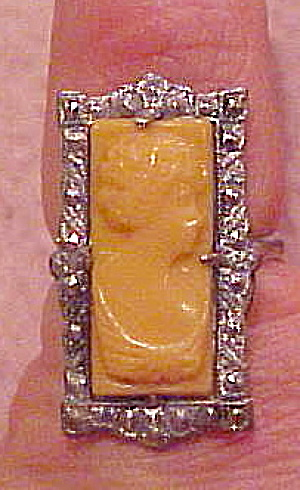 Art Deco ring with cameo (Image1)