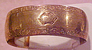 Gold filled 1920s engraved bangle (Image1)