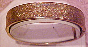 BB Co. Gold filled bangle (Image1)