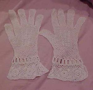 French crocheted gloves (Image1)