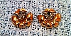 Retro flower earrings (Image1)
