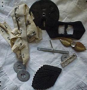 Grab bag of various sewing items (Image1)