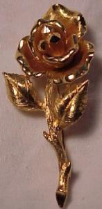 Goldtone rose pin (Image1)