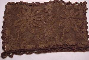 2 Brown lace pockets with crocheted edges (Image1)