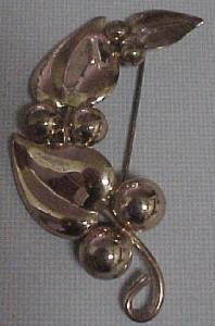 Napier retro sterling vermeil pin (Image1)