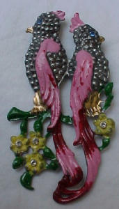 Pot metal and enamel double bird pin (Image1)