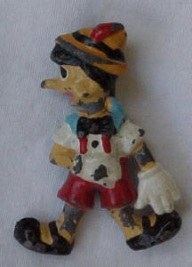 Pinnochio pin (Image1)