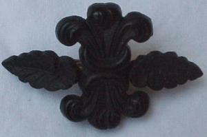 Victorian jet pin (Image1)