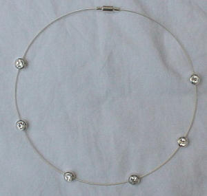 choker style necklace with cubic zirconias (Image1)
