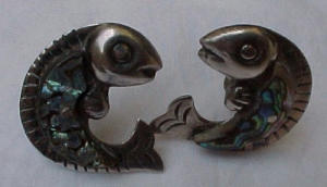 Mexican sterling silver fish earrings (Image1)