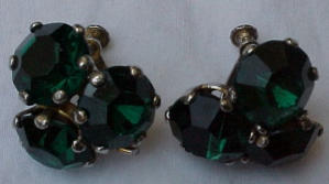 Green rhinestone earrings (Image1)