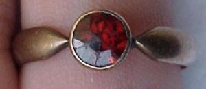 10k ring with garnet (Image1)