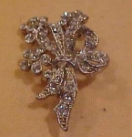 Floral bouquet rhinestone pin