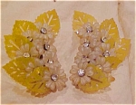 yellow plastic flower earrings w/rhinestones
