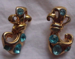 Retro style earrings w/rhinestones