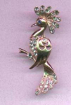 Click here to enlarge image and see more about item f273: Vermeil bird pin