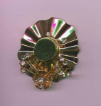 Sterling vermeil retro pin in the shape of a hat with rhinestones