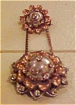 Double flower pin with rhinestones