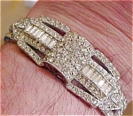 Rhinestone hinged bangle