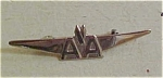 Click here to enlarge image and see more about item x1269: American Airlines wings pin