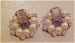 Earrings with faux pearls & rhinestones