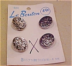 Le Bouton indian head buttons