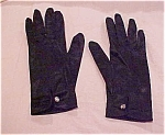 Satin gloves with rhinestone button