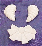 Click here to enlarge image and see more about item x3367: Ivory pin and earrings