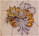 Flower brooch with rhinestones