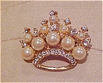 Crown pin with faux pearls and rhinestones