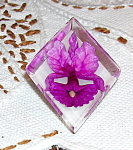 Lucite pin with flowers