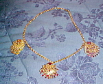 Necklace with danglig pieces