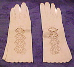 Leather gloves with cutout design