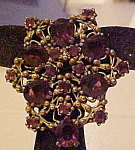 Click here to enlarge image and see more about item x6464: Czechoslovakian dress clip