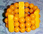 Click here to enlarge image and see more about item x6521: Bakelite 3 strand bracelet