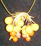 Clip pendant with leaf design