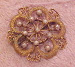Victorian floral design pin w/faux pearls