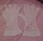 Click to view larger image of French crocheted gloves (Image1)