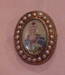 Lady portrait pin with faux pearls