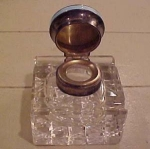 Click here to enlarge image and see more about item x844c: Crystal inkwell with enameled top