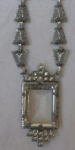 Filligree art deco necklace w/rhinestones