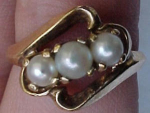 10k ring with pearls
