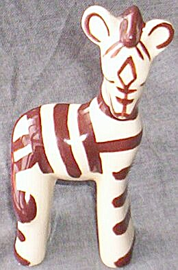 Vintage Zebra Pottery Figurine (Image1)