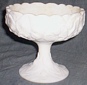 Vintage Fenton Water Lily Satin Compote (Image1)