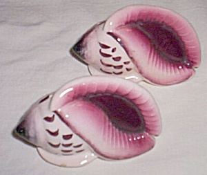 Pair (2) Vintage Sea Shell Shakers