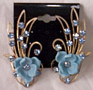 Flapper Era Tall Floral Clip On Earrings (Image1)