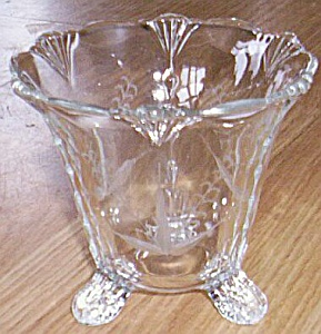 Footed Vase Tear Drop Sides Cut  Grasses Free Shipping (Image1)