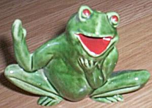 Comical Frog Shaker (Image1)