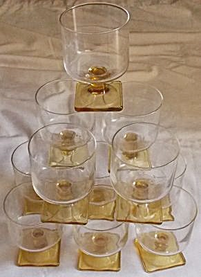 11 Clear Bowl & Yellow Stem Sherbets (Image1)