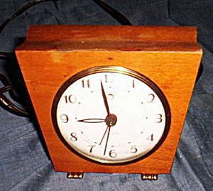 1951 Westclox Sphinx Electric Alarm Clock (Image1)